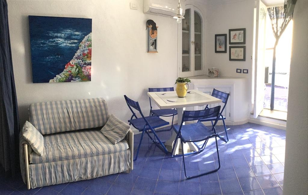 best places to stay in positano: casa vela
