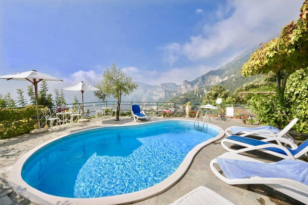 positano accommodation with pool: Ville Olimpo
