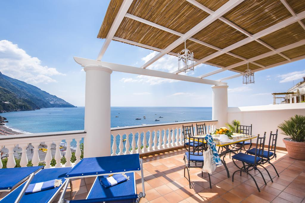 best places to stay in positano italy: Exclusive Apartments Positano