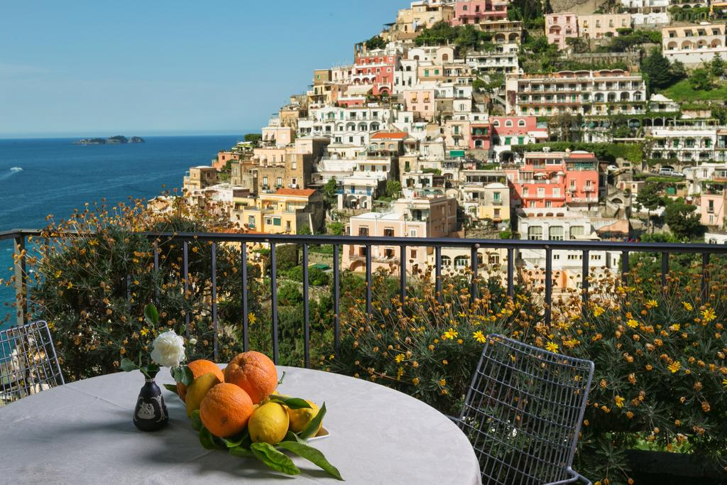 best hotels in positano italy: Palazzo Margherita