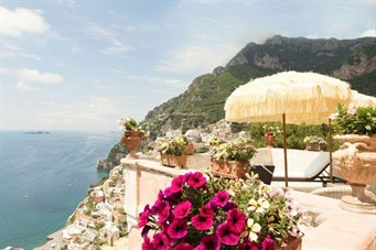 luxury bed & breakfast: Positano Villa Sleeps 16 Pool Air Con WiFi